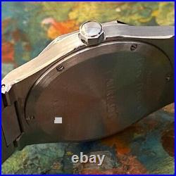 Girard-perregaux Laureato Reference 8010 Watch 100% Genuine 36mm Cal. 3100